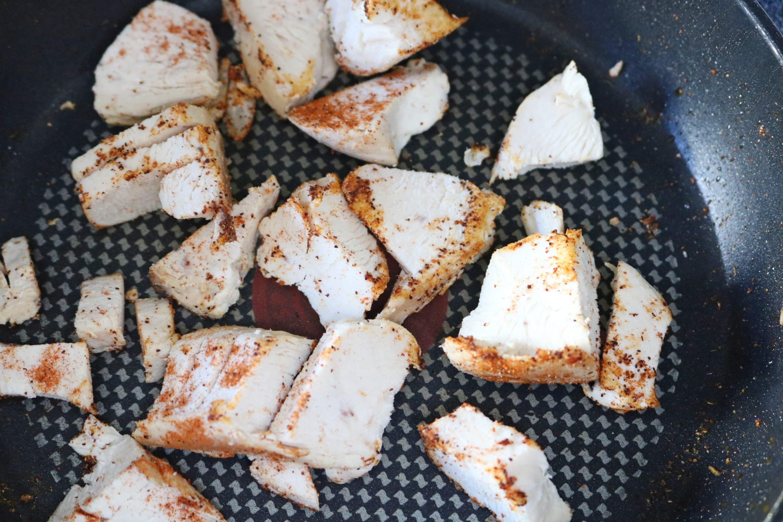 Chicken fajita rice bowls prep