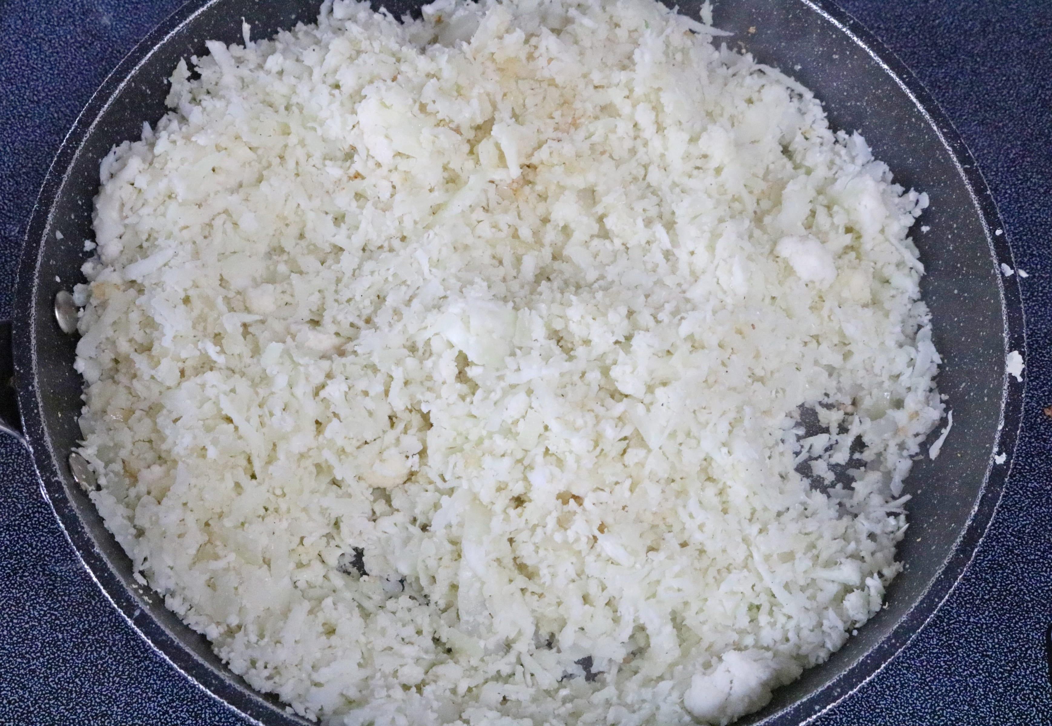 healthy buddha bowl recipe on cauliflower rice